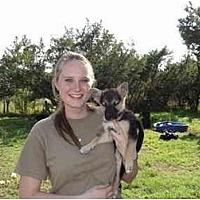 Adopt A Pet :: Volunteers Needed - Dripping Springs, TX